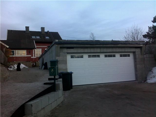Garasje av betongelementer