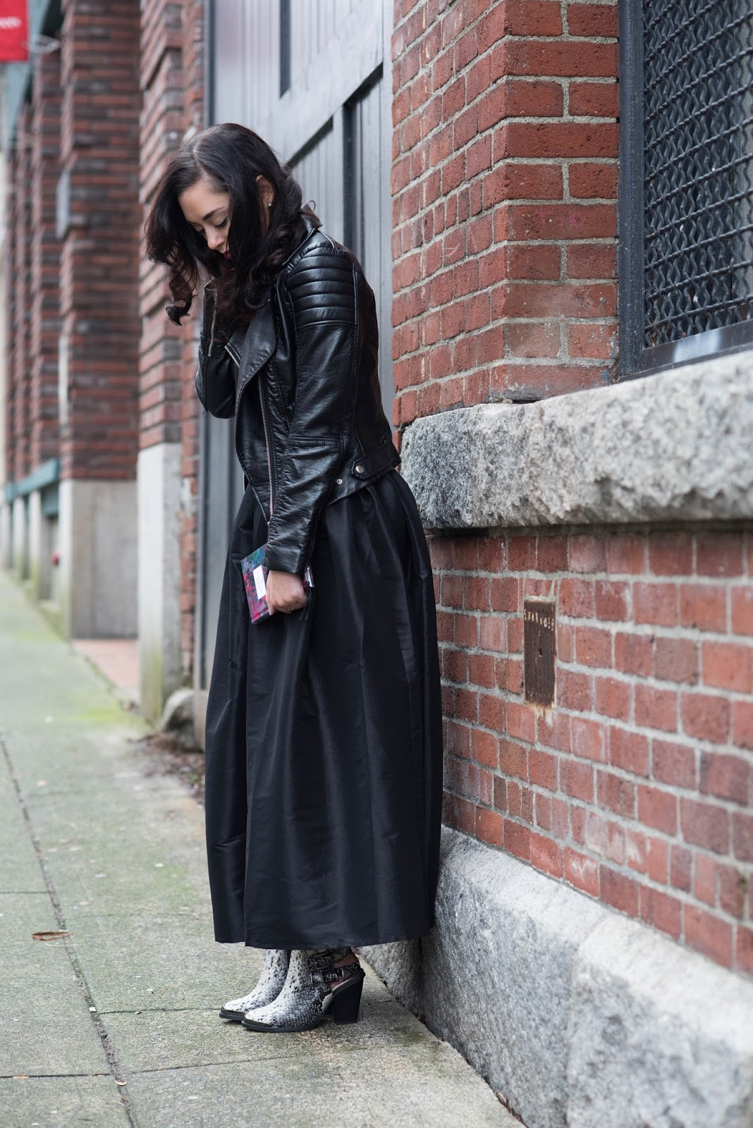 coco and vera top vancouver fashion blog ombre hair h&m leather jacket chicwish black maxi skirt snakeskin ankle boots