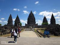 Overview temples Prambanan Yogyakarta