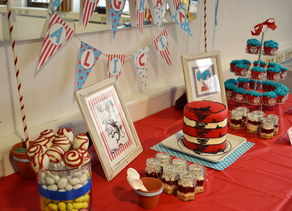 Sunny by design thing 1 and thing 2 themed baby shower for Baby shower decoration twins
