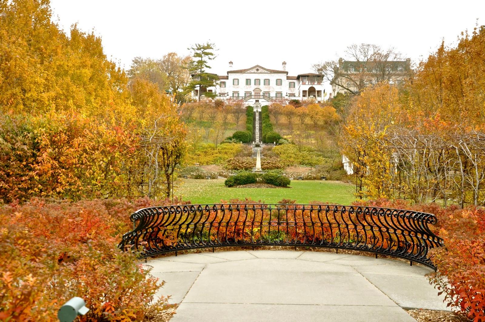 Milwaukee Area Parks: Villa Terrace Fall Gardens and a New Exhibit