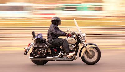 contoh foto panning motor