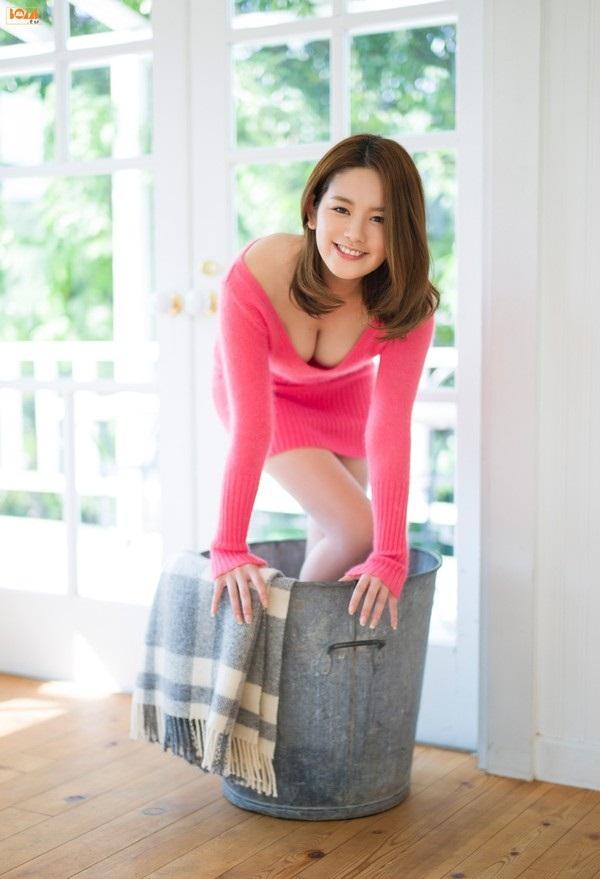 Ảnh gái đẹp HD Miwako Kakei Idol 9x nhật bản