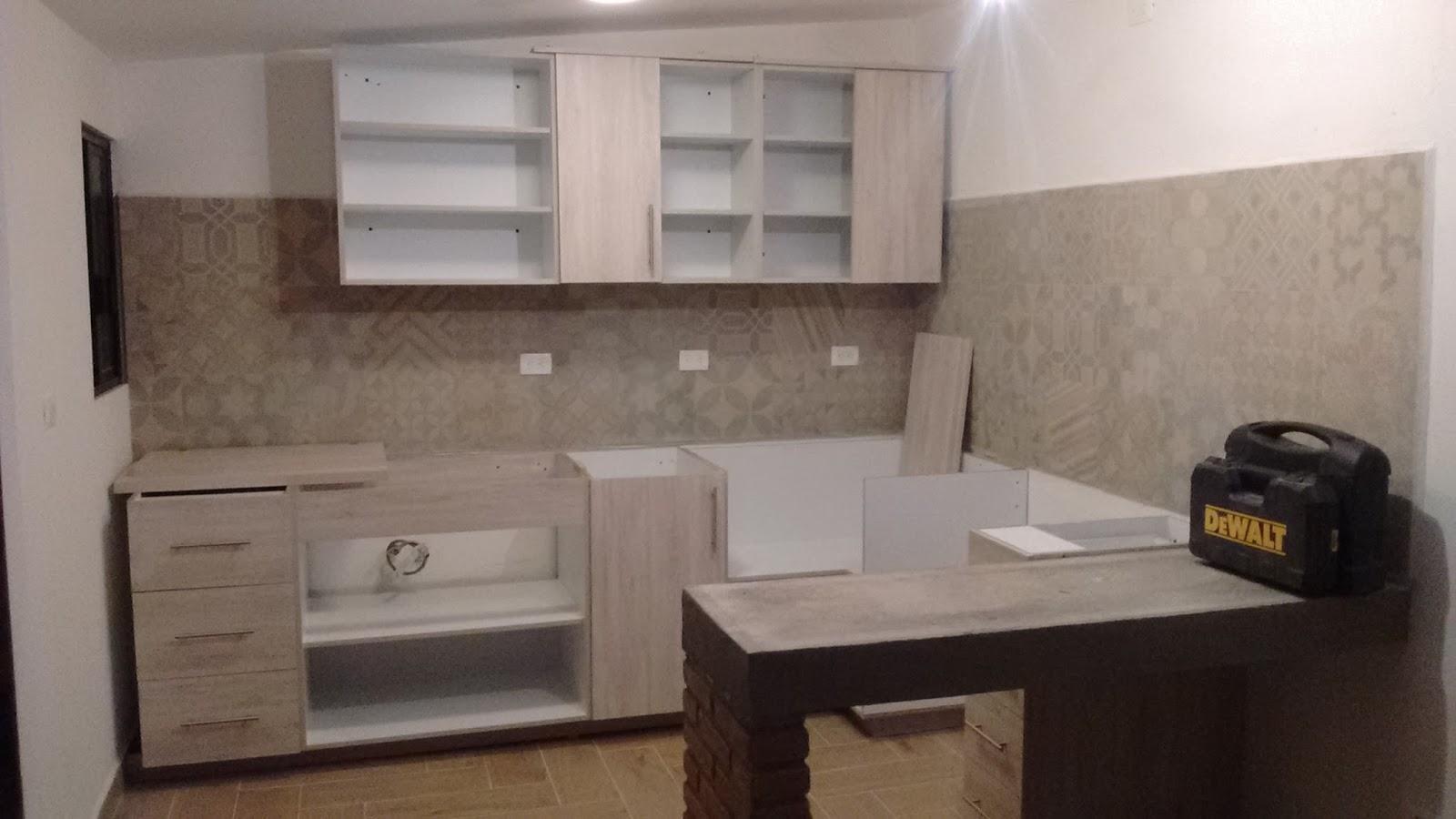 Closets y cocinas integrales residencial diciembre 2015 for Cocinas integrales de melamina