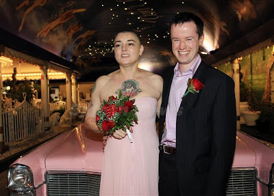 Sinead O'Connor gets married in Vegas