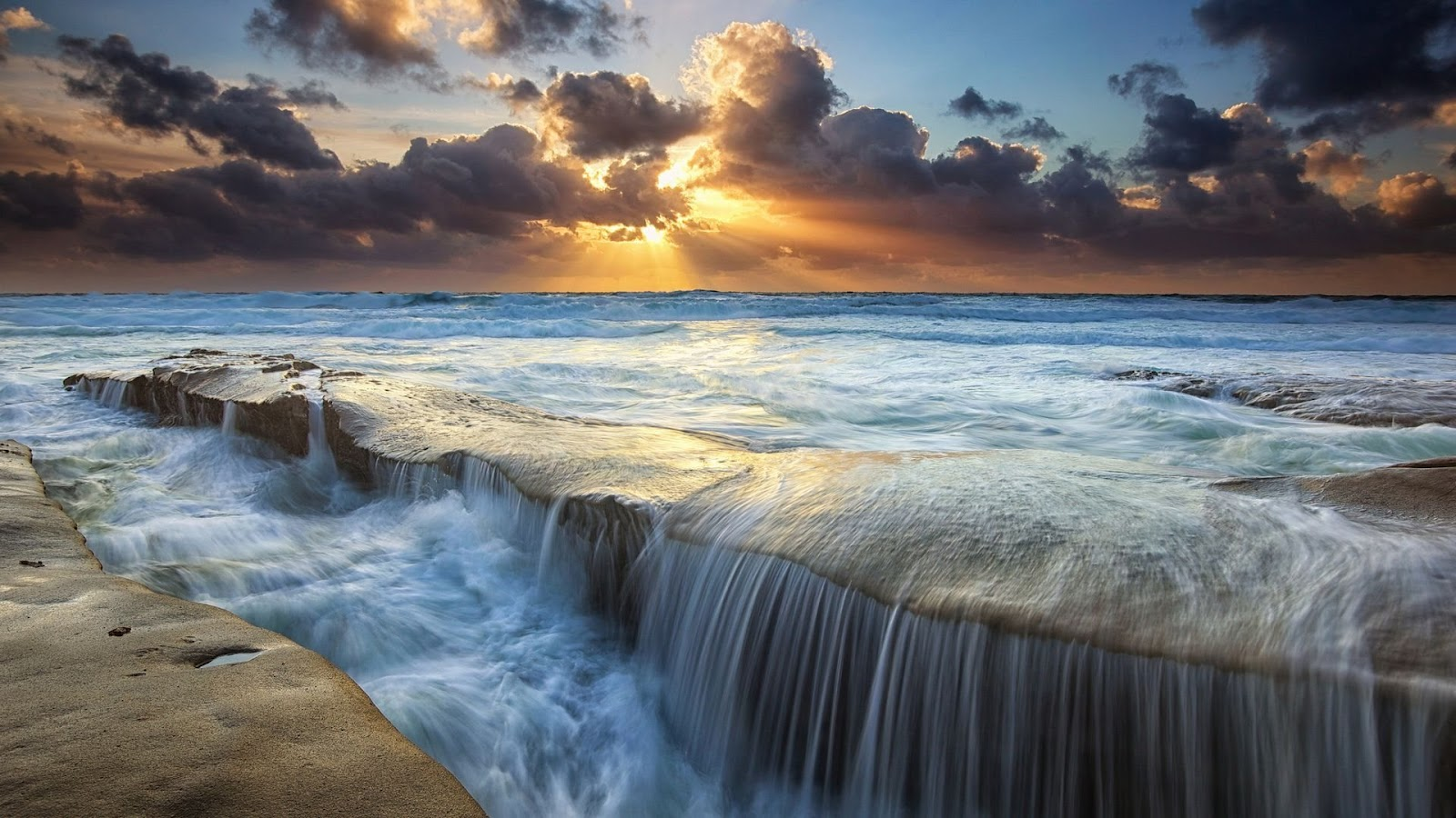 Tisotit sunset over the ocean wallpaper for Amazing ocean images