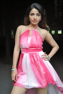 Actress Model Sonia Mann Latest  Leggy Pictures  0044
