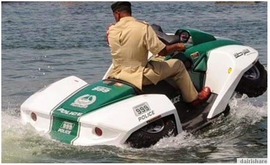 SAKSIKAN Gambar Jet Ski Dua Alam Milik Polis Dubai