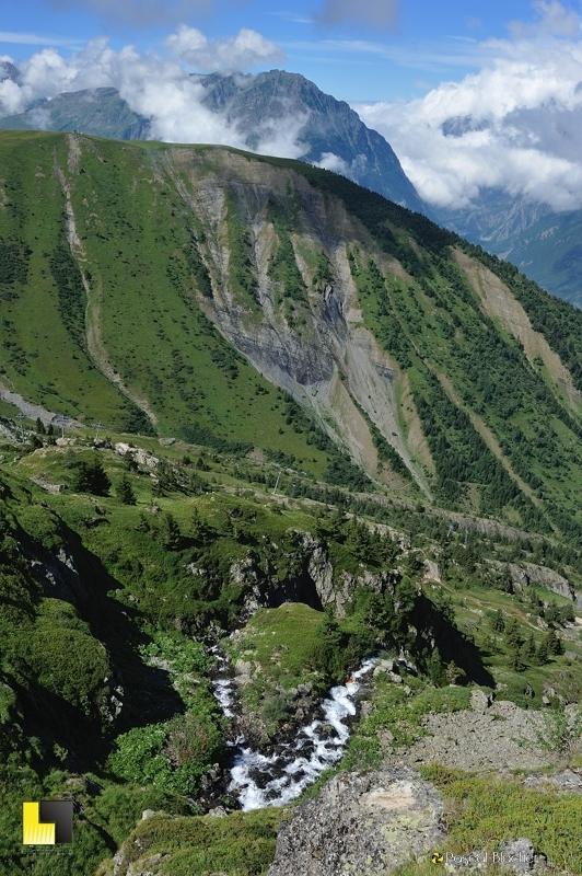 rivières formées par les lacs noir et besson photo pascal blachier