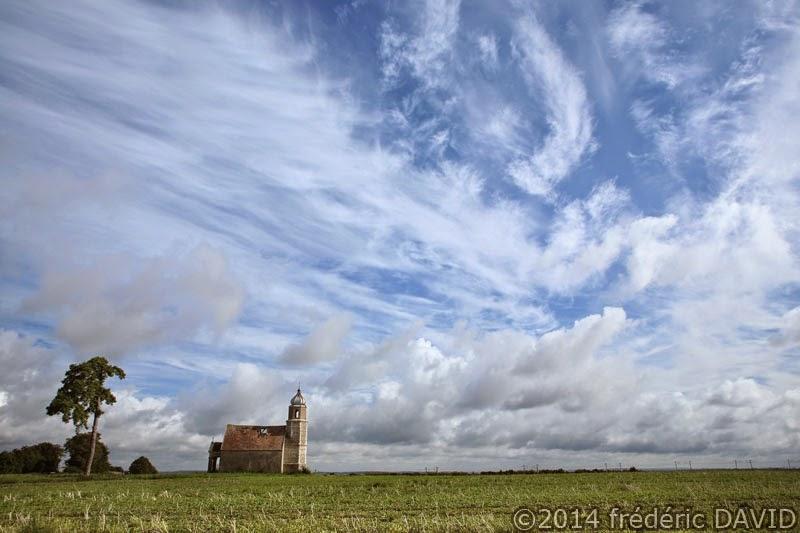 ciel nuages chapelle Seine-et-Marne