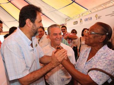 Primeira etapa do setor Jardins Mangueiral é entregue pelo governo