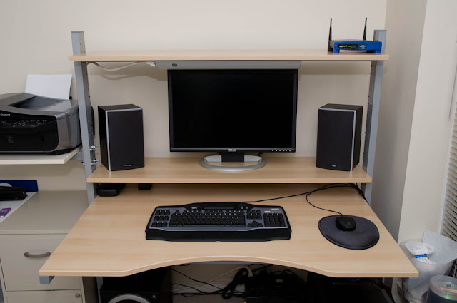 Split Level Jerker Desk