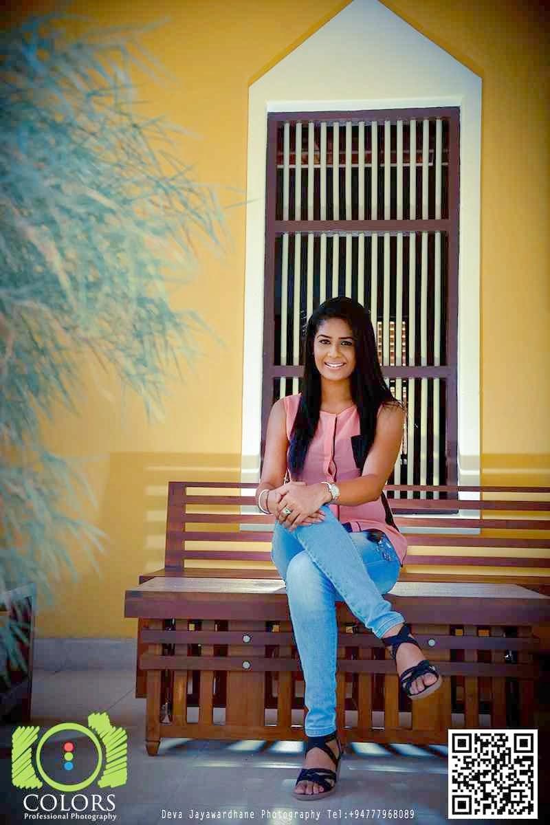 Maheshi Madusanka jeans hot