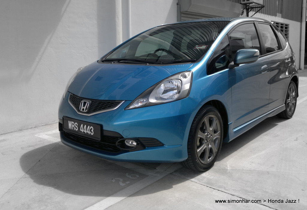 honda jazz spec v test driven carlist my motoring. Black Bedroom Furniture Sets. Home Design Ideas