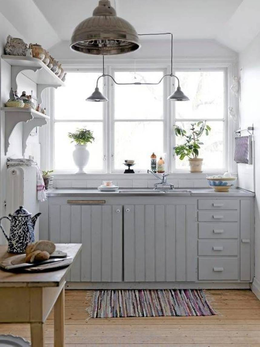 Beautiful abodes small kitchen loads of character for Beautiful small kitchen designs