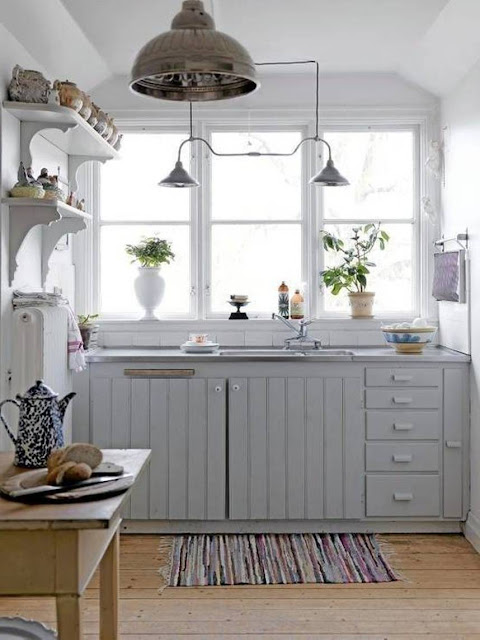Beautiful abodes small kitchen loads of character - Kitchen for small spaces designs decor ...