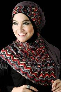 Nuhijab SSB Tribal - Red Grey (Toko Jilbab dan Busana Muslimah Terbaru)
