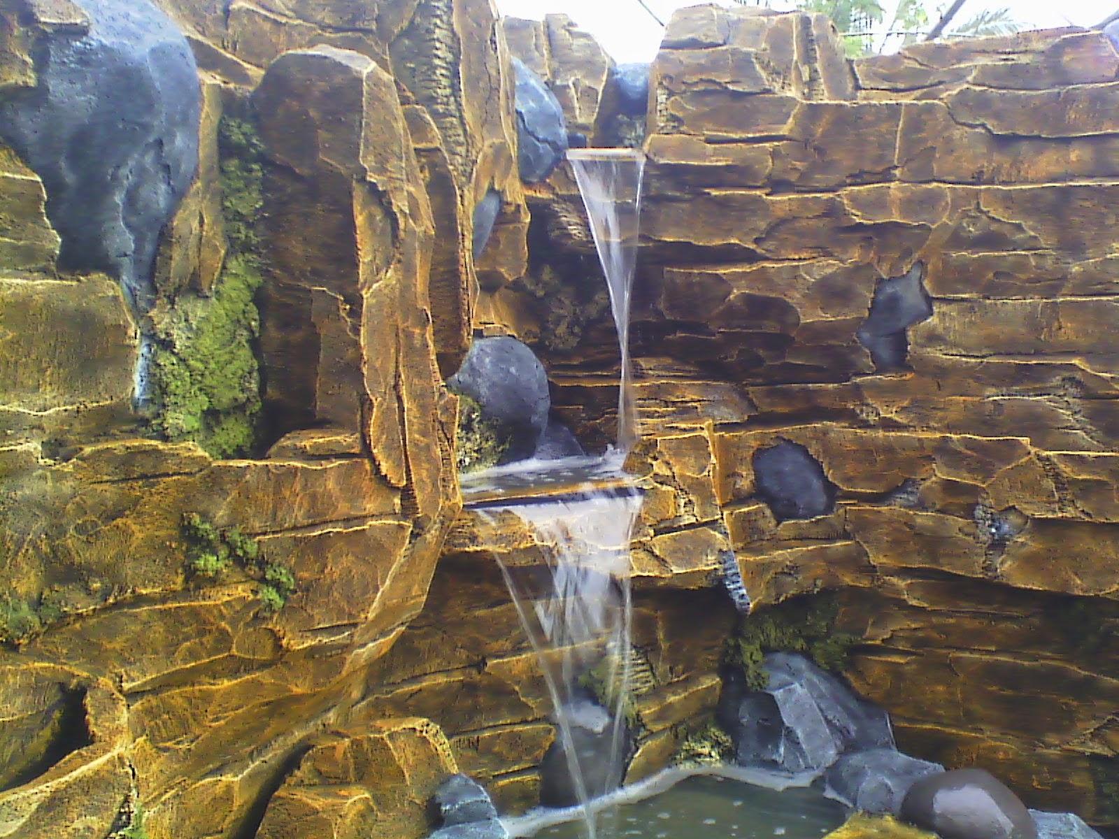 http://tukangtamanqu.blogspot.com/2014/11/jasa-pembuatan-taman-relief-cadas-dan.html