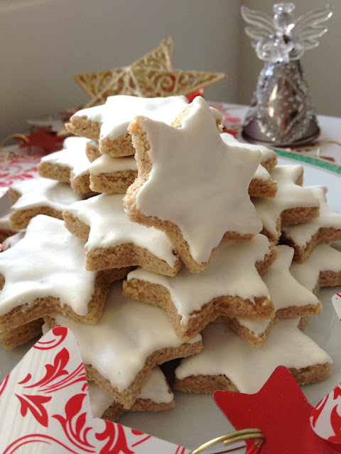 biscuit Noel, étoiles, amandes, cannelle,