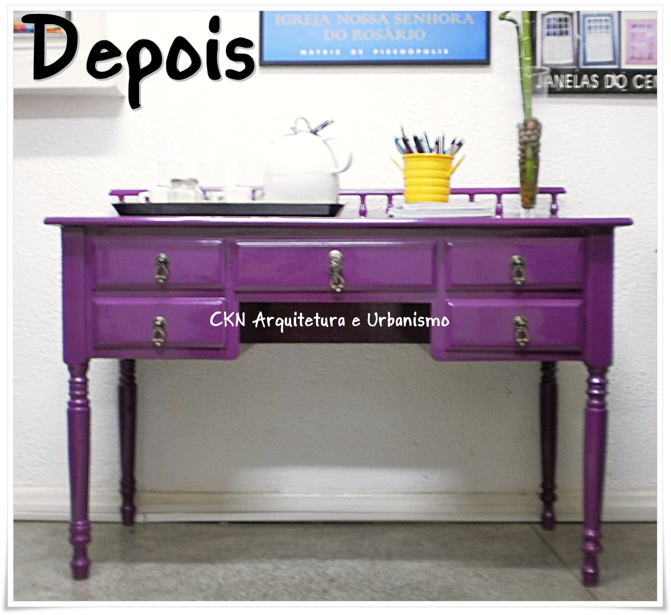 Queria uma escrivaninha antiga só pra pintar dessa cor pra mim! Que  #1665B5 1341x1230