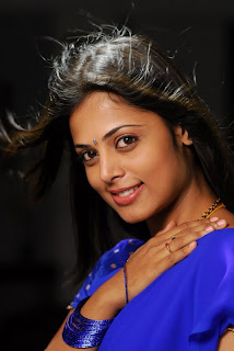 Sindhu Menone Face Closeup hot Pictures