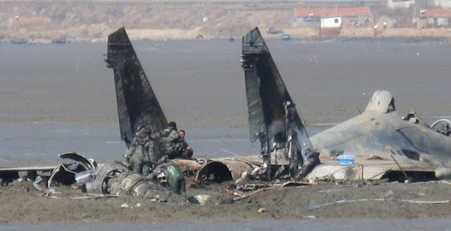 helicopter parts names with Plaaf Aging Su 27ubk Crash Near on ponents in addition Plaaf Aging Su 27ubk Crash Near also 37 Beautiful Portraits Of 70s Fashion further Viewtopic further Parts.