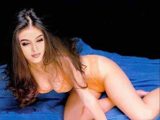 Bollywood Actress Aishwarya Rai Hot Stills