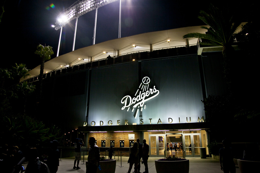 LA Photo: Dodgers Show Up, Fans Not So Much
