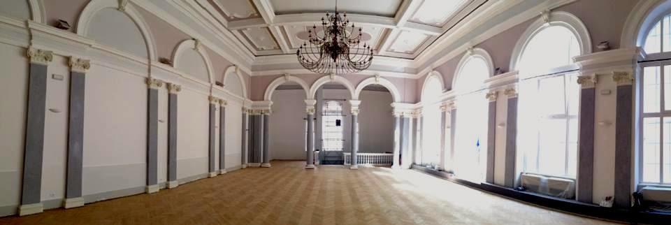 ... sala piccola fenice galleria fenice 2 trieste organizzata da arianna