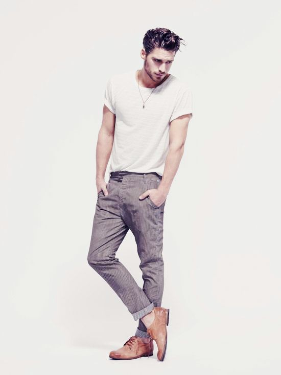 White t shirt with grey pants colour combination for men for Shirt and pants color combinations