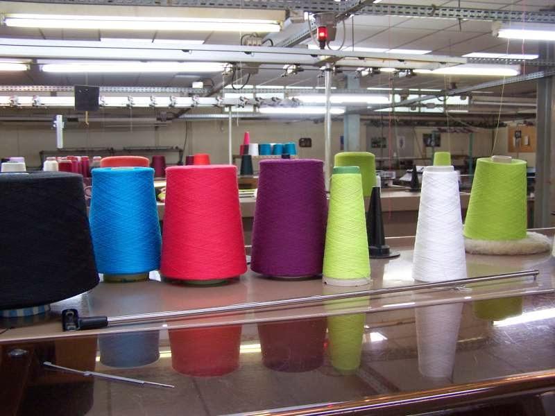 le magasin d usine tricots philips bernard solfin villers bocage les magasins d 39 usine en. Black Bedroom Furniture Sets. Home Design Ideas