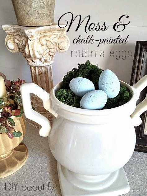 Moss & chalk-painted robin's eggs
