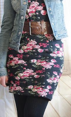 Oufit Floral Dress & Jeans Jacket