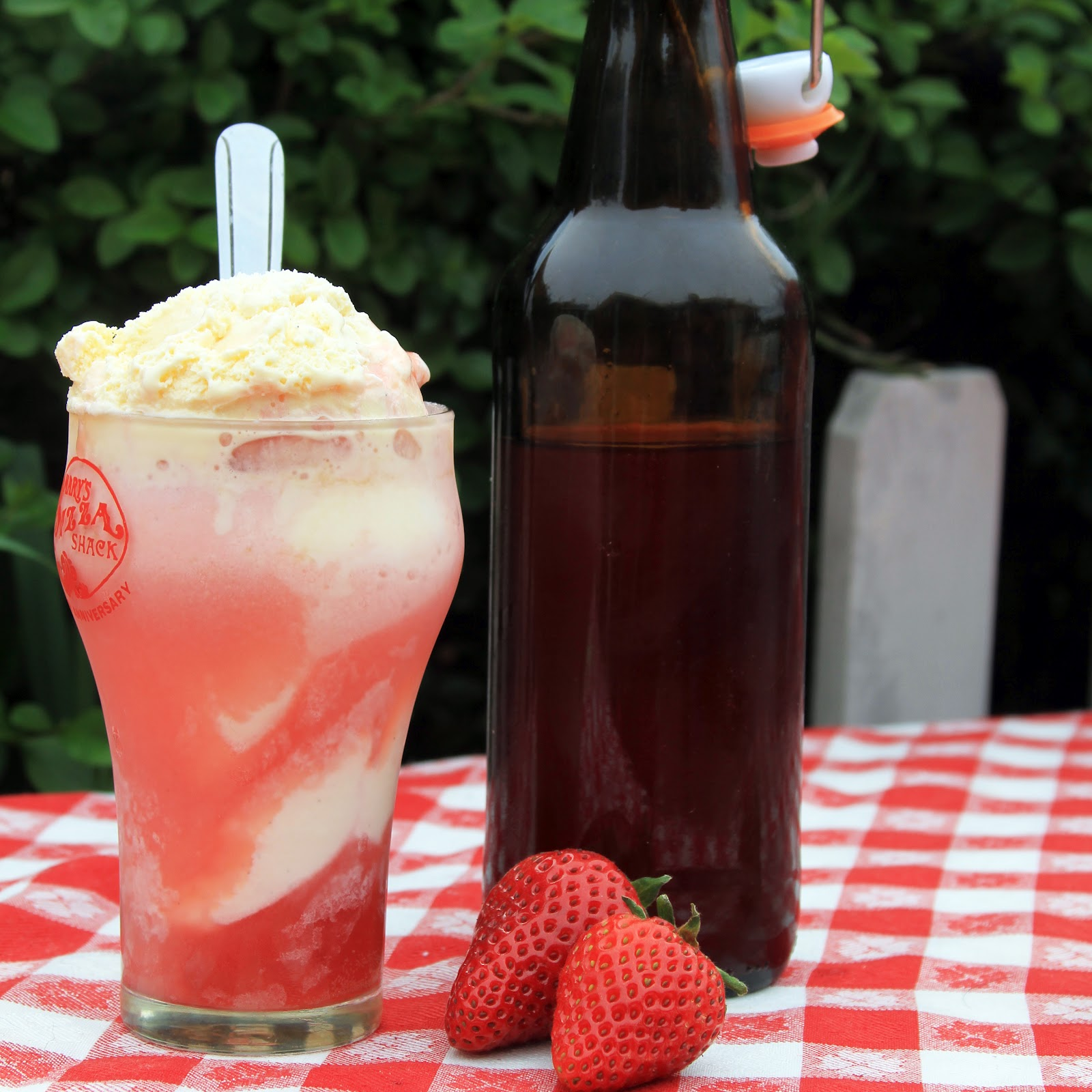 Wildness: Strawberry Soda, the homemade lacto-fermented way!