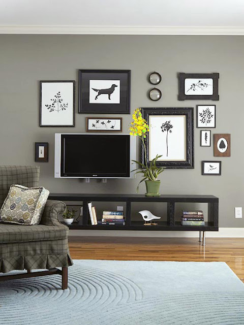 Gallery Wall with TV 480 x 640
