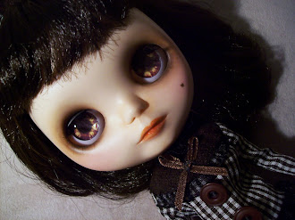 Blythe chocolate