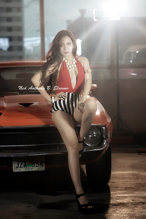 regine angeles hot legs 02