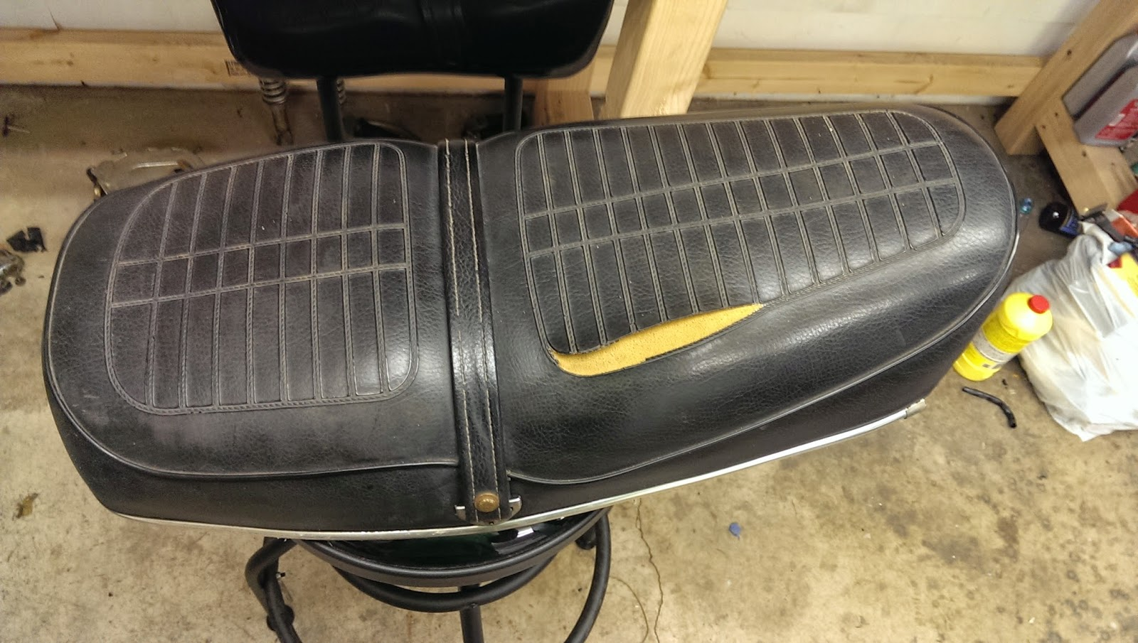 Honda CB Project May - Vinyl for motorcycle seat