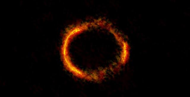 ALMA image of the gravitationally lensed galaxy SDP.81. Credit: ALMA (NRAO/ESO/NAOJ); B. Saxton NRAO/AUI/NSF