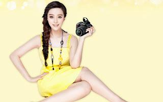 Fan-bingbing-with-camera-hd-wallpaper-free
