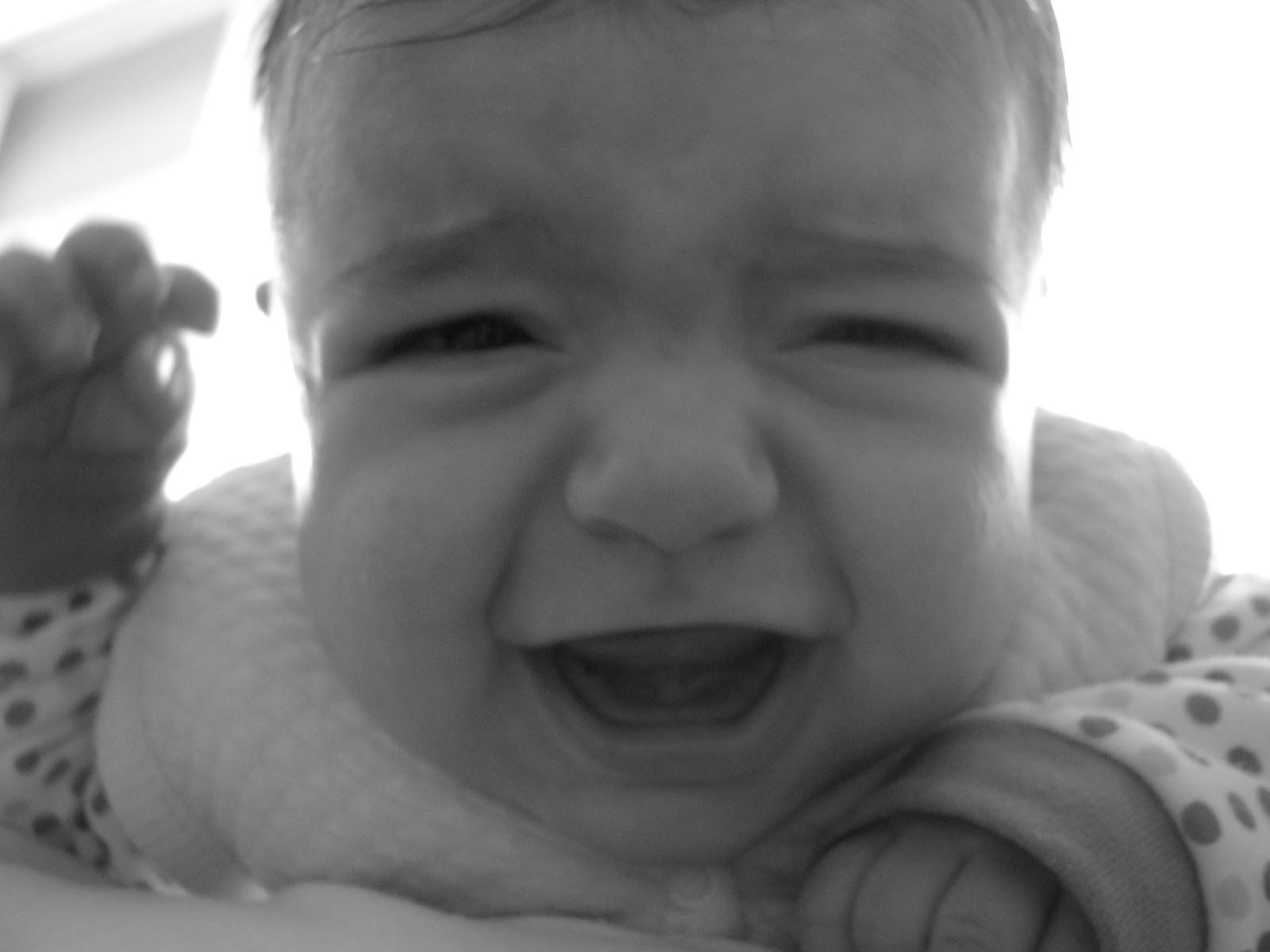 Bebeğinizi sakın biberonla uyutmayın