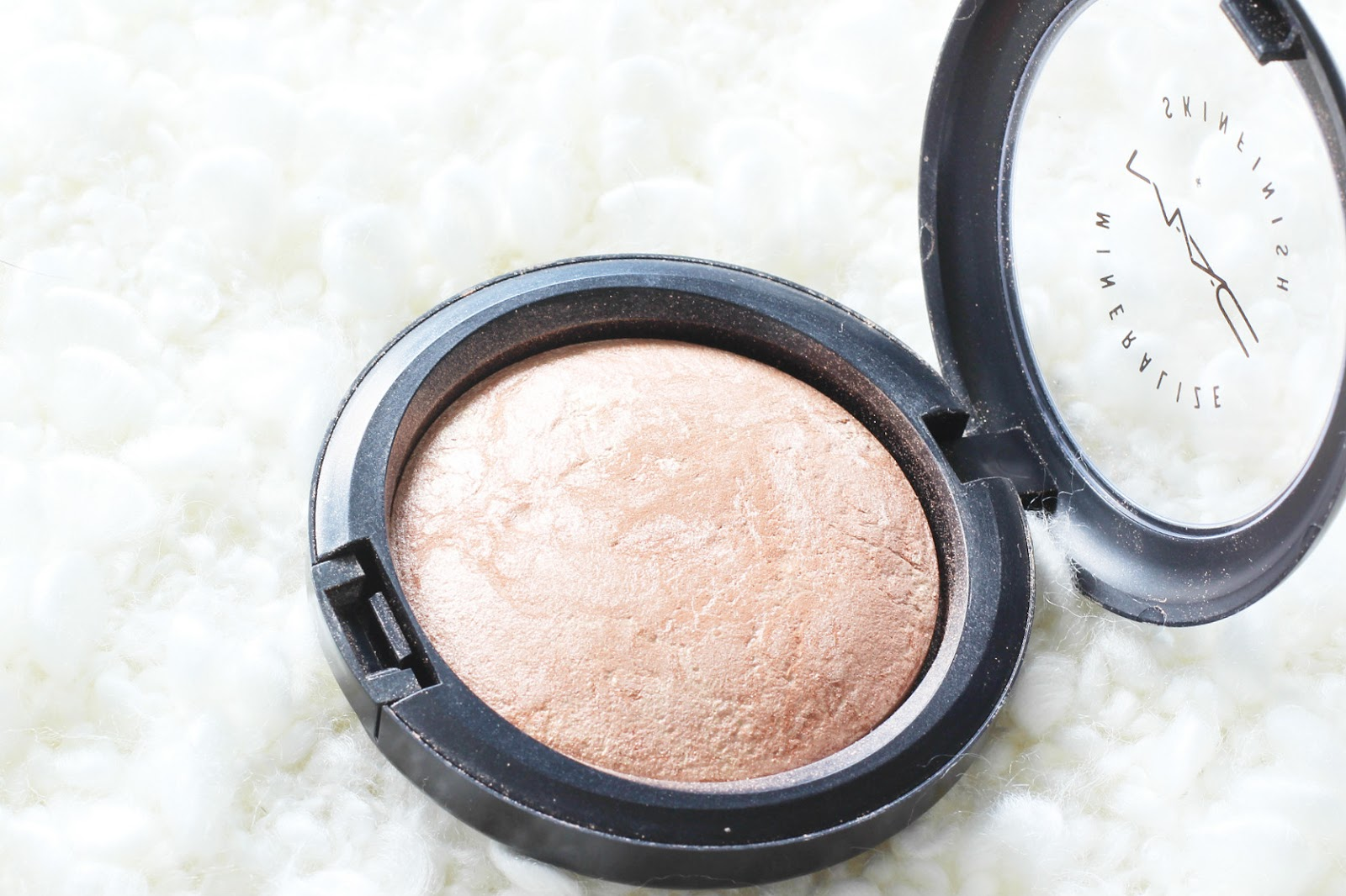 MAC Soft and Gentle Mineralize Skin Finish Review for Pale Skin