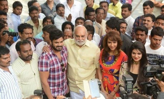 Lakshmi Manchu at Pilavani Perantam Movie Opening Photos