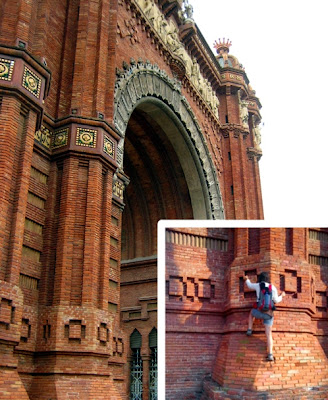 Climbing on L'Arc de Triomf Barcelona, Spain