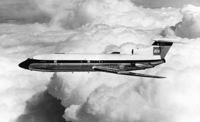 50 años del primer aterrizaje automatico en un vuelo comercial