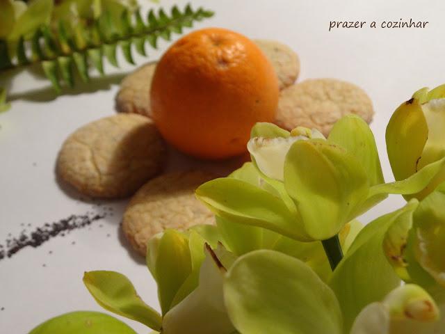 prazer a cozinhar - biscoitos fofos de laranja com sementes de papoila