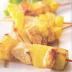 Pinchos de pollo y piña