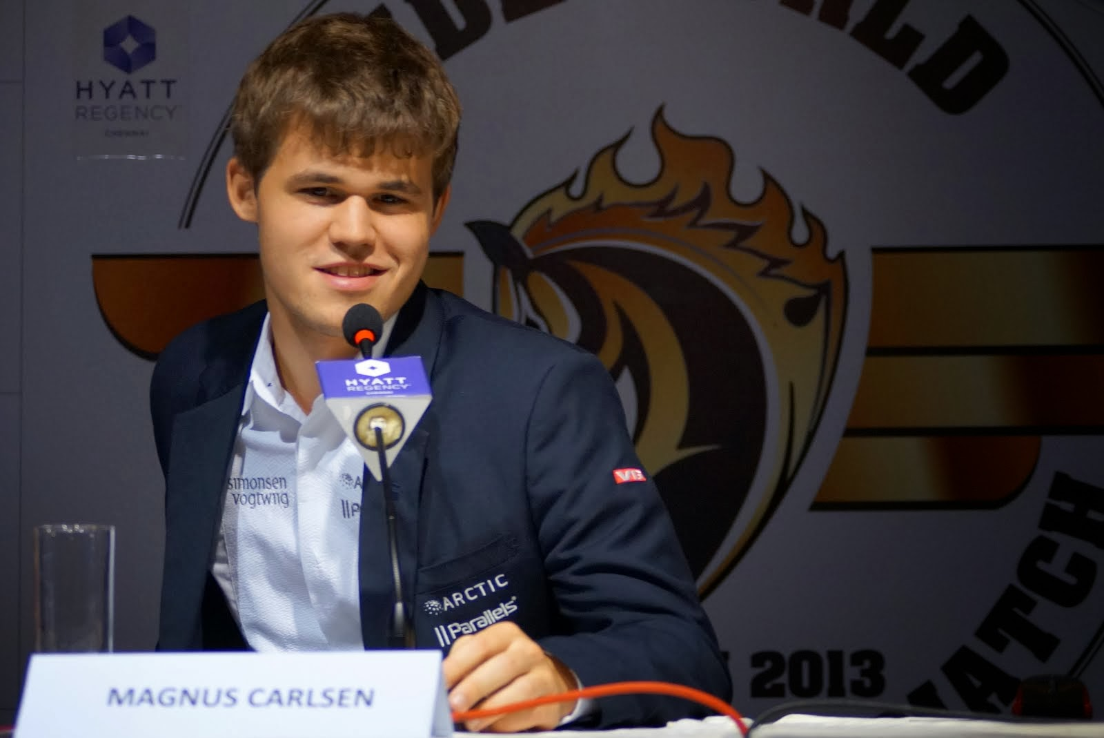 Who will challenge Magnus Carlsen for the world title in 2014?