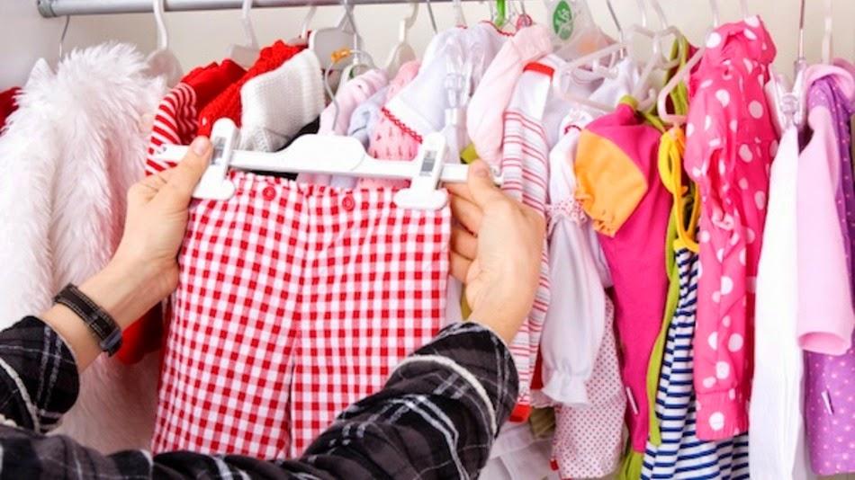 Panduan Membeli dan Memilih Pakaian Bayi