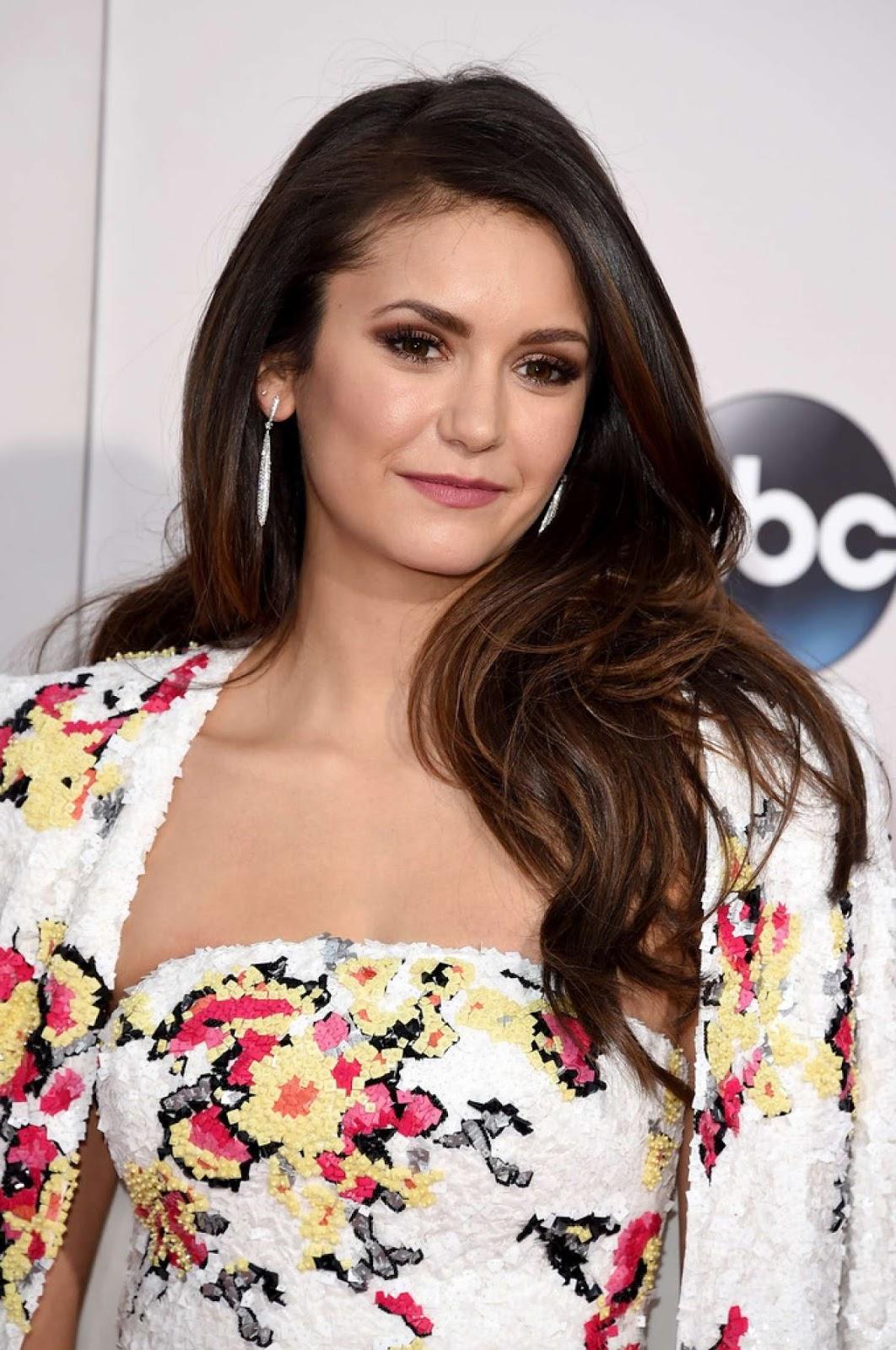 Actress of 'The Vampire Diaries' Nina Dobrev HD Images, Photos & Wallpapers